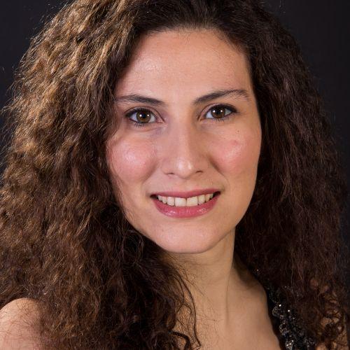 Elena De Simone - mezzosoprano - Canto Lirico